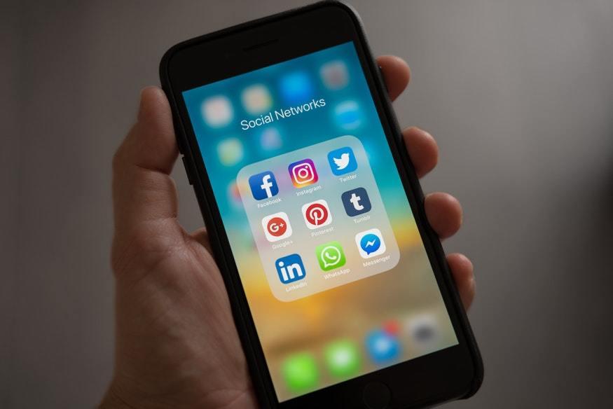 Ventajas y desventajas de las Redes Sociales en tu negocio - pexels photo 607812