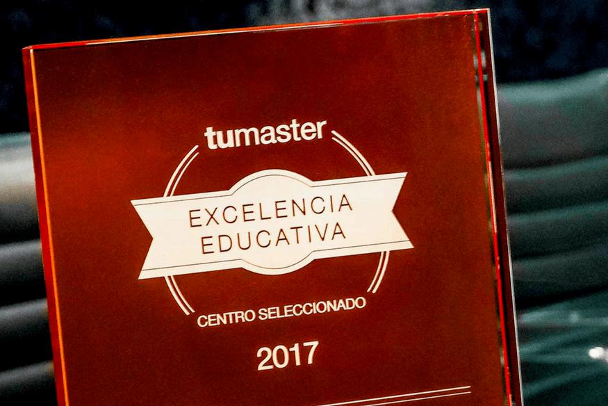 Recibimos el Premio a la Excelencia Educativa 2017 - Diseño sin título