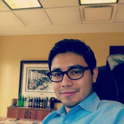 """""""Me gusta IEBS por su enseñanza innovadora y retadora"""": Edwin Josué, alumno de IEBS - Edwin Josué Muñoz"""