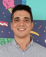 """""""Fue terminar el máster, ponerlo en mi perfil de Linkedin y empezar a recibir ofertas de empleo"""", Carlos Fillol, exalumno de IEBS - Entrevista Carlos Fillol"""